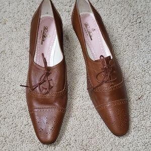 Vintage Brooks Brothers tie heel shoes size 8.5N